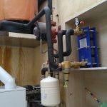Installation de séparateur hydraulique dans un plancher radiant